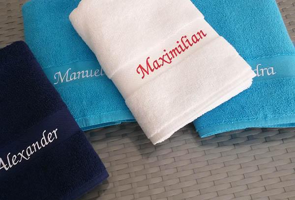 handtücher mit namen besticken lassen